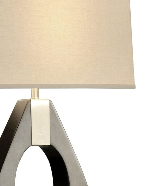Pearson Table Lamp 02